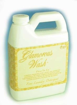 Fleur De Lis Glamorous Wash 32 oz Fine Laundry Detergent by Tyler Candles by Tyler Candle [並行輸入品] B0054M14V8