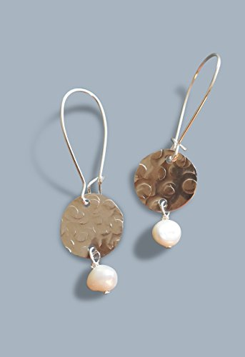- handmade lightweight womens half inch disc drop earrings with white pearls