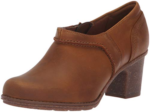 CLARKS Women's Sashlin Aleta Fashion Boot Dark Tan Leather