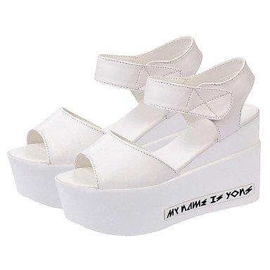 LvYuan Mujer Sandalias PU Primavera Verano Cinta Adhesiva Tacón Cuña Blanco Negro 10 - 12 cms White