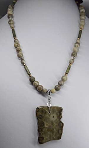 Michigan beaded pendant necklace jewelry unisex fossils, Favosite and Petoskey stone rock and Epidote