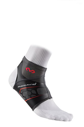 (McDavid Runners Therapy Plantar Fasciitis Sleeve, Black, Medium)