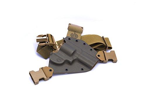 GunfightersINC Kenai Chest Holster for 686/L Revolvers, MAS Grey/Coyote, Right Hand (Gen 2)