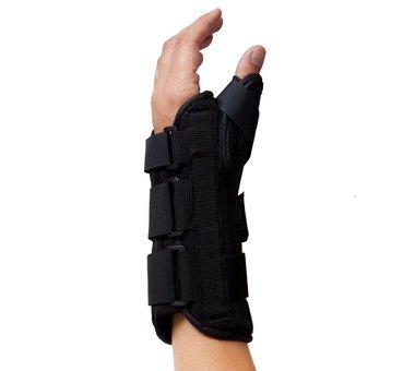 b253fed636 VertaLoc Wrist Brace w/Thumb Spica, 6.25-7.25