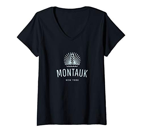 Womens Montauk New York lighthouse retro souvenir gift idea V-Neck T-Shirt
