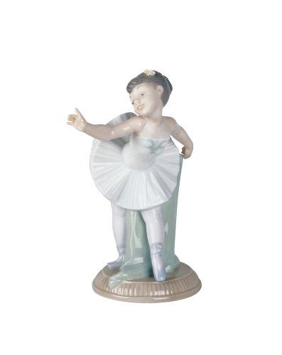 NAO My First Bow Figurine