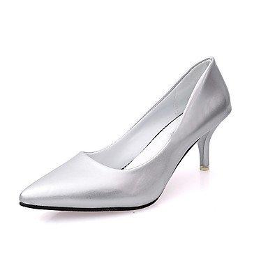 Talones de las mujeres Zapatos Primavera Verano Otoño Invierno Club de tacón de aguja Casual Comfort PU Oficina Boda Carreras y vestido de noche Otros Beige