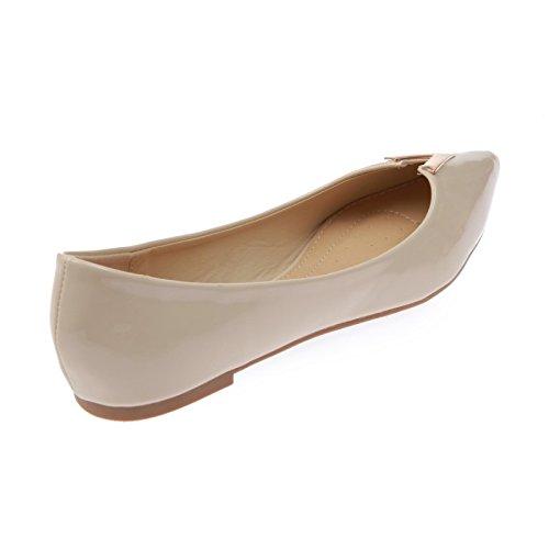 La Modeuse-Bailarinas con orificio, piel sintética, diseño de laca de uñas con un extremo en punta Beige - beige