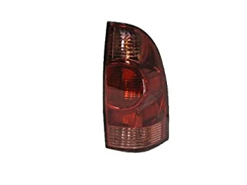Amazoncom Toyota Tacoma Replacement Tail Light Assembly