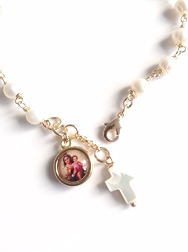 Virgen del Carmen adjustable cultured pearl bracelet, Our Lady of Mount Carmel medal bracelet