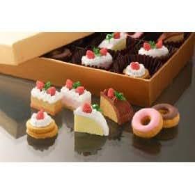 Iwako Japanese Cakes and Donuts Eraser,7 Piece