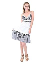 Village Venture Vestido Estampado de Flores en Color en Negro Fresco(Unitalla, Negro)-Mod 8863