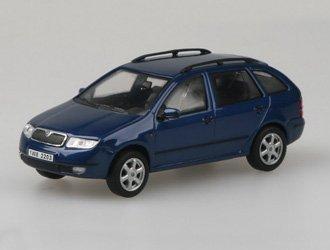 Amazon.com: Skoda Fabia Combi Diecast coche, modelo: Toys ...