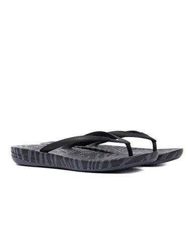 FitFlop Women39;s IQushion Flip Flip ergonomique - Tigre à charbon imprimé