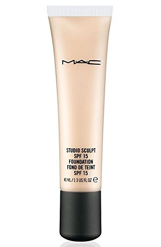F 15 Foundation NW20 (Mac Spf 15 Foundation)
