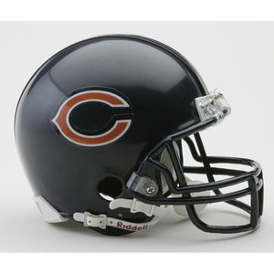 (NFL Riddell Chicago Bears Mini Replica Helmet)
