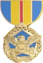 Dept of Defense Distinguished Service Lapel or Hat Pin