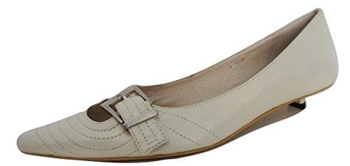 TUTTI & CO. Crème/Blanc pointe chaussures à talon bas de la Cour