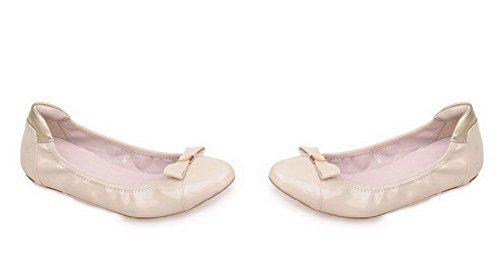 VogueZone009 Damen Niedriger Absatz Lackleder Rein Ziehen auf Rund Zehe Flache Schuhe Cremefarben