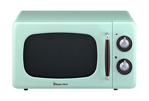 (Magic Chef MCD770CM 0.7-Cu. Ft. 700W Retro Countertop Microwave Oven in Mint Green.7 Cu.Ft,)