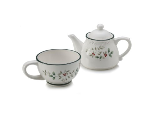 Pfaltzgraff Winterberry Tea for One Teapot Set