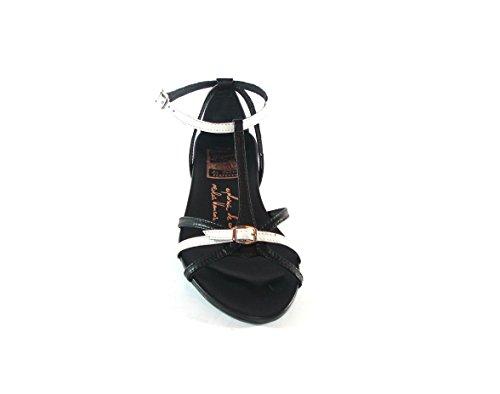 Hispanitas - Sandalia tiras blanco y negro de mujer