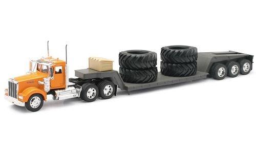 Kenworth Diecast Lowboy Truck W/Big Tires - 1:32