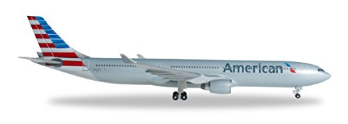 Herpa American A330-300 REG#N270AY Die Cast Aircraft (1/500 Scale) (300 Livery A330 New)