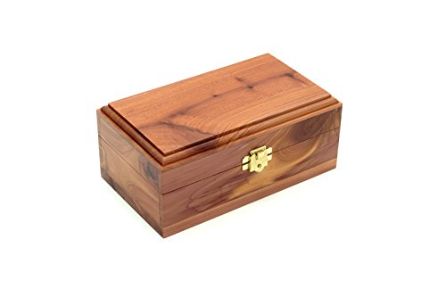 Cedar Essence Keepsake or Memory Box 7''L x 3 3/4''W x 2 3/4''H with Clasp (Small) by Cedar Essence