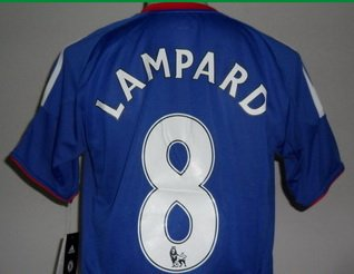 Image Unavailable. Image not available for. Colour  FRANK LAMPARD 8 CHELSEA  HOME SOCCER JERSEY 673106844