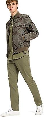 7bbdfc325 TOMMY HILFIGER CaMO BOMBER FOR MEN - CaMO PRINT: Amazon.com: musahayat