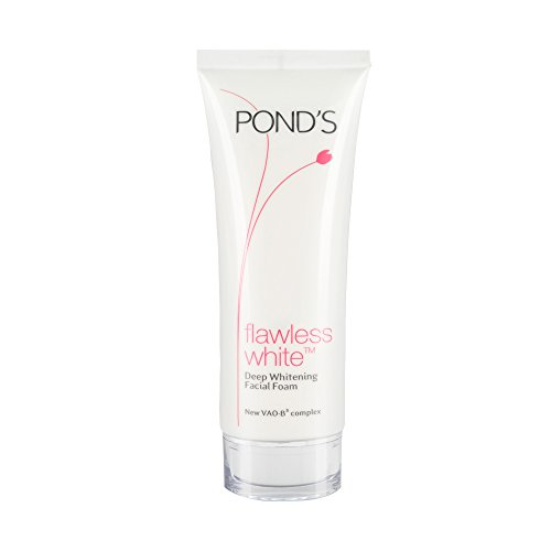 Pond's Flawless White Deep Whitening Facial Foam 100 ()