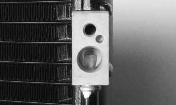 TYC 4810 Nissan//Infiniti Parallel Flow Replacement Condenser