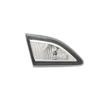 TYC 17-0268-00-1 Compatible with MAZDA3 Replacement Reflex Reflector: Automotive
