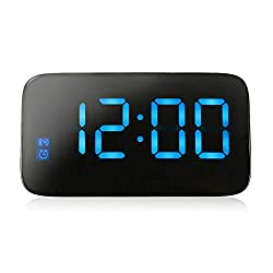 kecooi LED Digital Display Desktop Battery-Operated Alarm Clock, Voice Control, Automatic Sensor Backlight, Smart Digital Alarm Clock for Home/Office/Bedroom (Blue)
