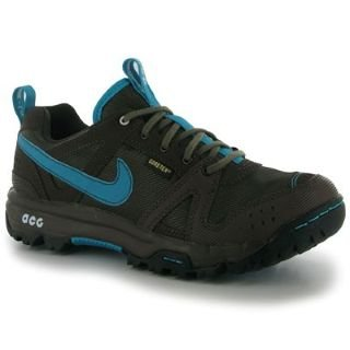 Nike Lady Rongbuk GORE-TEX Waterproof Walking Shoes - 9.5
