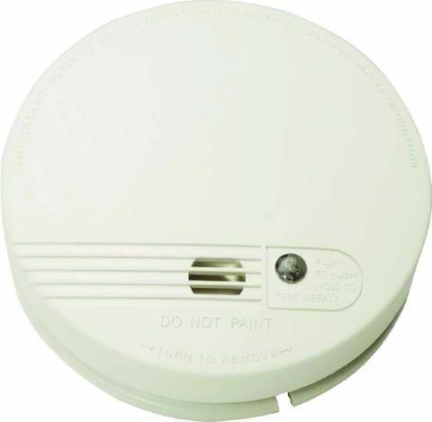 Dual voltage power supply with 230v mains power or 9v battery backup Kidde, White Firex Smoke Alarm 4870