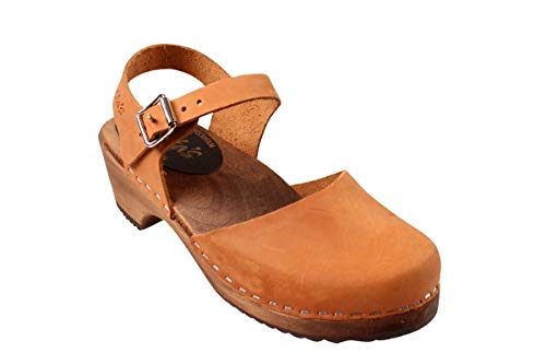 Lotta From Stockholm Swedish Low Wood Clogs in Brown Oiled Nubuck on Brown Base-38 ()