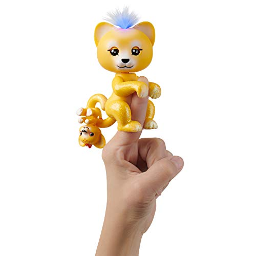 WowWee Fingerlings Light-Up Baby Lion and Mini - Sam and Leo - Interactive Toy