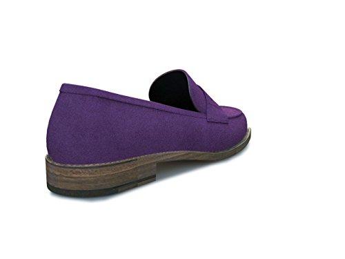 Dis - Laura – Mocasín College – Mujer Violeta