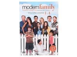 Familia Moderna: Temporadas 1, 2, 3 y 4 Version En Espanol (Region 1 / 4 DVD) (Modern Family Seasons 1-4 Spanish Version) (13 DVDs) by Sofia Vergara