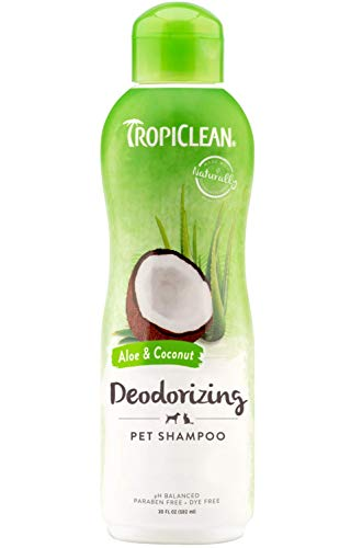 (TropiClean Aloe and Coconut Pet Shampoo, Deodorizing Shampoo for Dogs and Cats, Moisture Balancing and Odor Eliminating, 20 oz.)