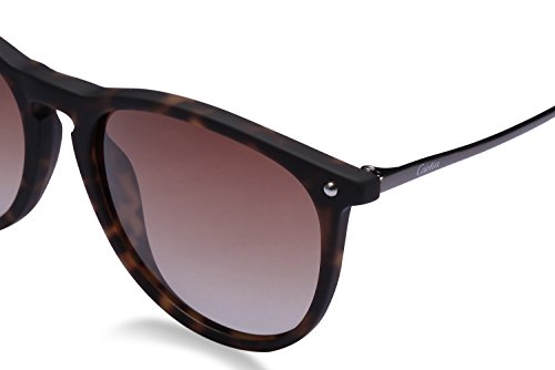 Carfia Vintage Women's Polarized Sunglasses with UV400 Protection
