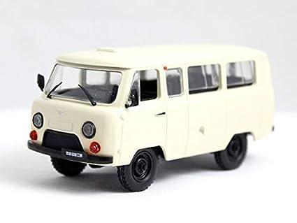 Amazon.com: UAZ 452 B Buhanka Soviet Minibus (1965) 1:43 ...
