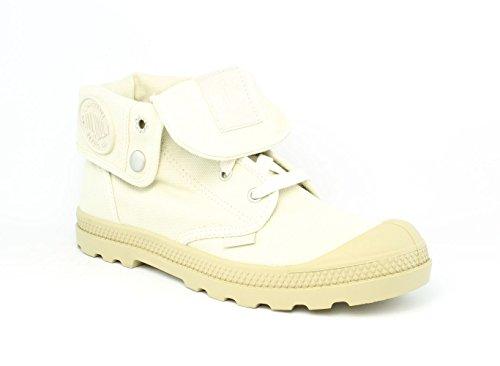Palladium Women's Baggy Low Chukka Boot, Ivory, 9 M US