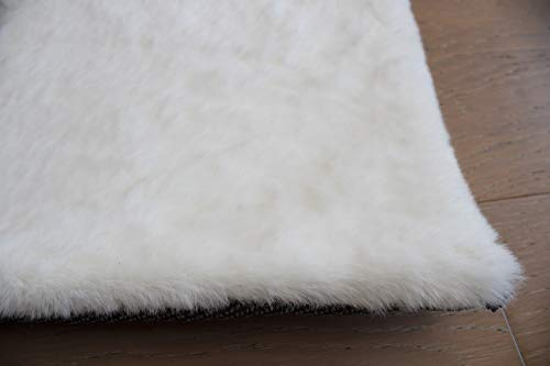 LA Rabbit Skin Faux Fur Rabbit Hide Animal Skin Soft Solid RugRabbit Bunny Fur Canvas Backing 6-Feet-by-9-Feet Polyester Made Area Rug Carpet Rug White Color (Bunny Area Rabbit Rugs)