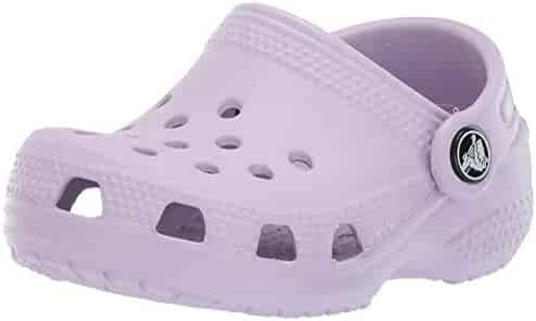 Crocs Kid's Classic Clog    Slip On Water Shoe for Toddlers, Boys, Girls   Lightweight