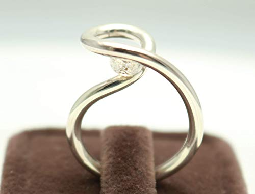 (Silver Round Handcrafted Ring Unique Design, Modern Style, Size 6.5 by Handmade Studio)