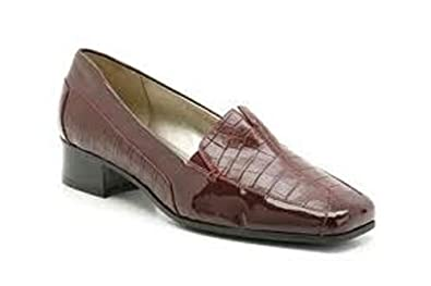 7644e837fd96dc Clarks Womens K Bordeaux Leather Bossa Artist Shoes 4EE Brown ...