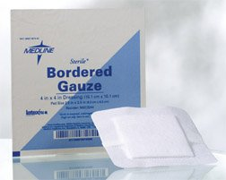 "Medline Bordered Sterile Gauze, 4"" x 4"" (Pack of 15)"
